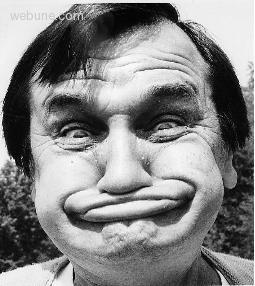 09p-2512-funny-face.jpg